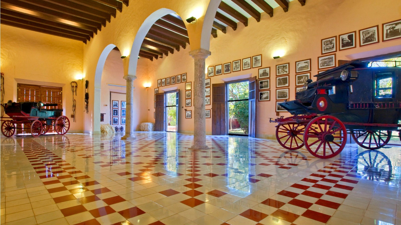 Hacienda Temozon - Salon de Pacas